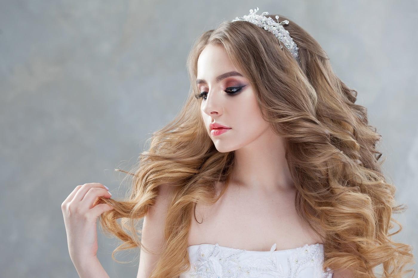 fryzura ślubna - długie włosy